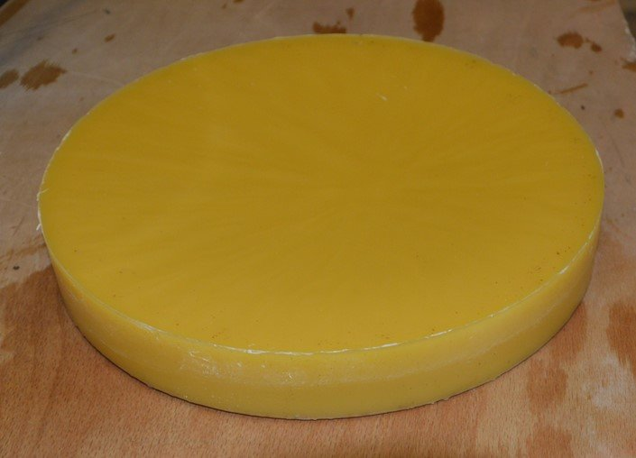 Simple wax processing for a small-scale beekeeper